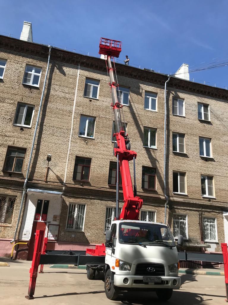 автовышка 28 метров фасадные работы в Москве